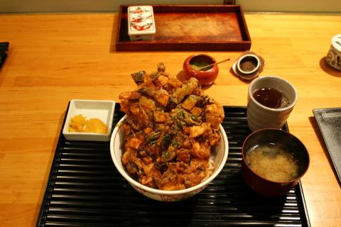 Tenshu Gion Kakiage Donburi