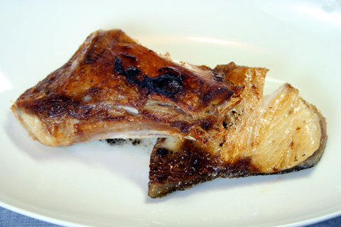 Buri-zanmai: Buri Kama Shioyaki (Salt-grilled Fatty Yellowtail Collar) title=