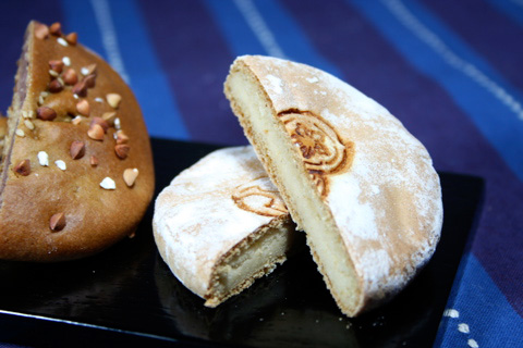 Wagashi: Sentaro Rice Flour Kasutera, Soba and Wheat Manju