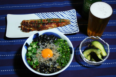 homecooking: Nebaneba Hiyashi Udon with Natto, Nagaimo and Okura and Grilled Sawara Fish