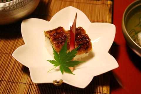 Kyoto Ryokan: Kyoto Summer Hamo Cuisine at Gion Hatanaka (鱧 はも 料理)