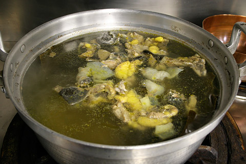 Suppon Nabe: Japanese Turtle Hot Pot Soup すっぽん鍋 川千鳥