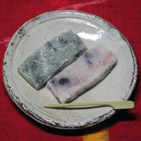 Sakura Yomogi Gyuhi Mochi 桜と蓬のもちひ 仙太郎