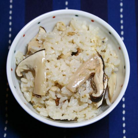 Donabe Takikomi Gohan: Eda Mame 'Green Soybean' Gohan, Matsutake Gohan, Grilled Ayu Sweetfish and Homemade Tsukudani