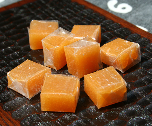 Bontan Ame - Traditional Japanese Gyuhi Mochi and Pectin Soft Candy ボンタンアメ 文旦飴