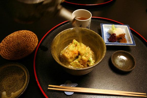 Dinner at Yoshikawa Ryokan: Tempura Kakiage O-chazuke 吉川旅館 天ぷらかき揚げ茶漬け