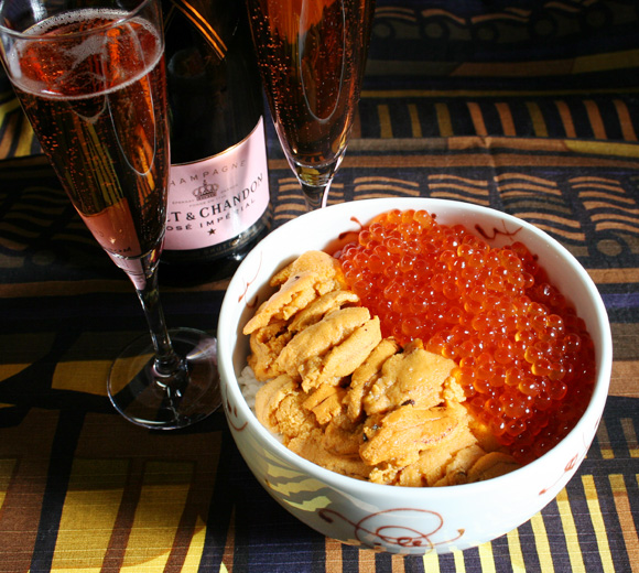 Japanese New Year's Breakfast, KyotoFoodie Style - Uni Ikura Donburi and Champagne 京都フーディお正月朝食 - 雲丹いくら丼 + シャンパン